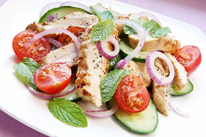chicken_salad_with_cucumber_and_mint